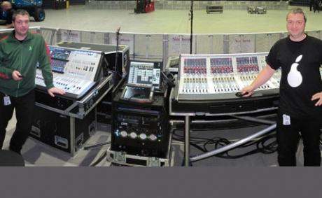 Οι Deep Purple περιοδεύουν με τη νέα μικρή Soundcraft Vi1