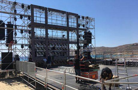 Οι ειδικές κατασκευές της Metron Stages στη Μύκονο