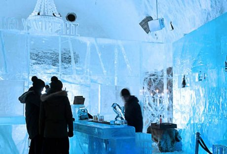 Πρόκειται για το πρώτο Ice Hotel στον κόσμο που λειτουργεί 365 μέρες το χρόνο. Στην 'καρδιά' του έχει ένα Audac M2 Matrix system…