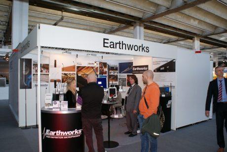 Η Εarthworks για 1η φορά στη Φρανκφούρτη