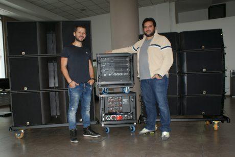 Η εταιρία ΘΕΑΜΑ του Νίκου Βέρτη απέκτησε το πρώτο Ελληνικό σύστημα Κ2 της L-Acoustics και το aLive μιλάει γι' αυτό με τους κ.κ. Α. Ελευθεριάδη και Δ. Πεϊνιρτζή…