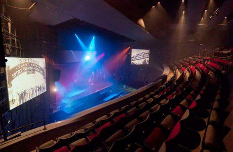 Demo KV2 στο Ricardo Montalban Theatre του Hollywood